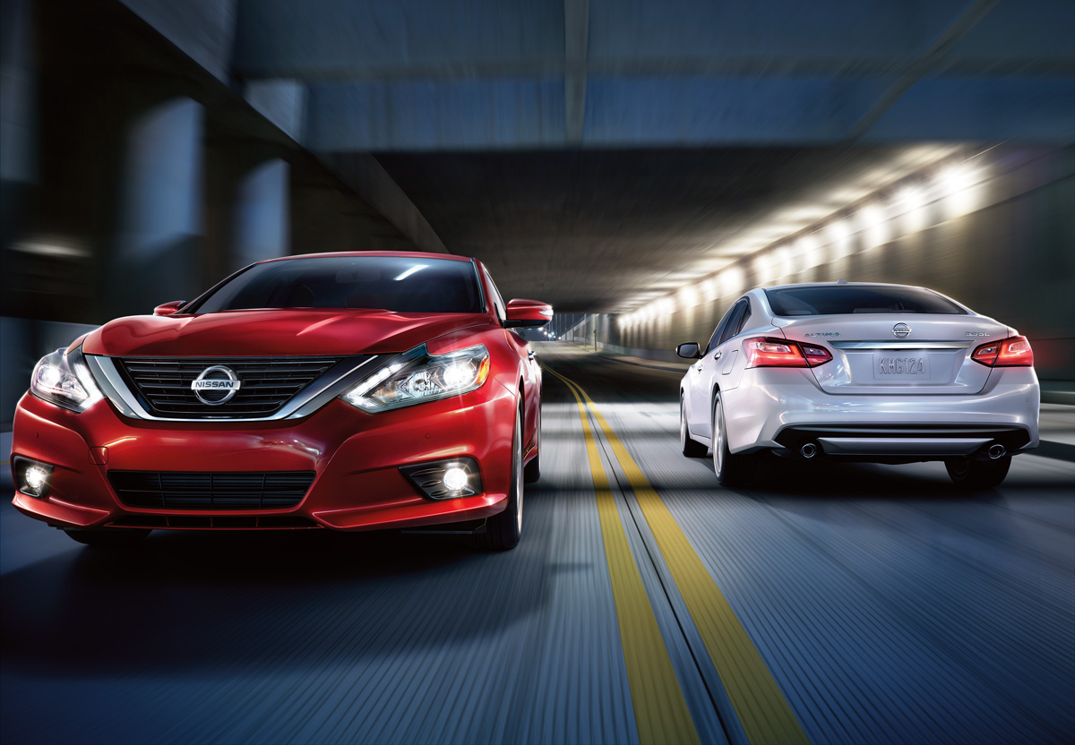 2016 2017 Nissan Altimas Vs Altima