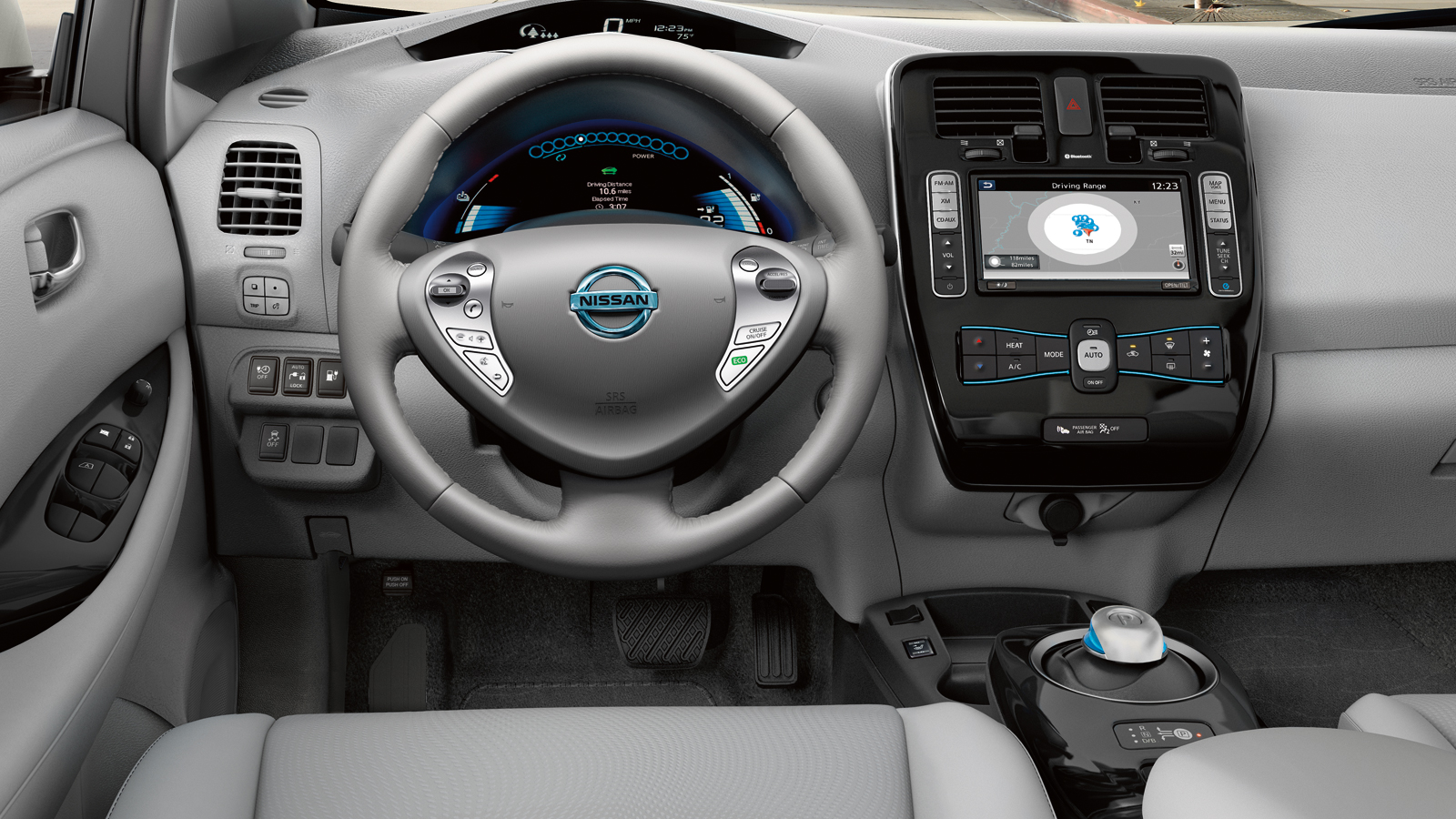 nissan leaf parking at the push of a button - peruzzi nissan blog